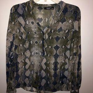 a.n.a snake skin quarter button blouse